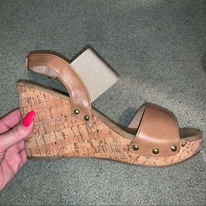 Shoes - Heel wedges